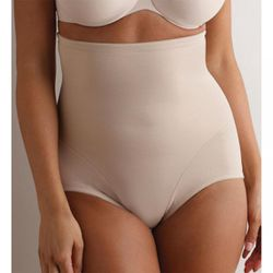 Culotte gainante taille haute contrôle extra ferme nude - Miraclesuit - Modalova